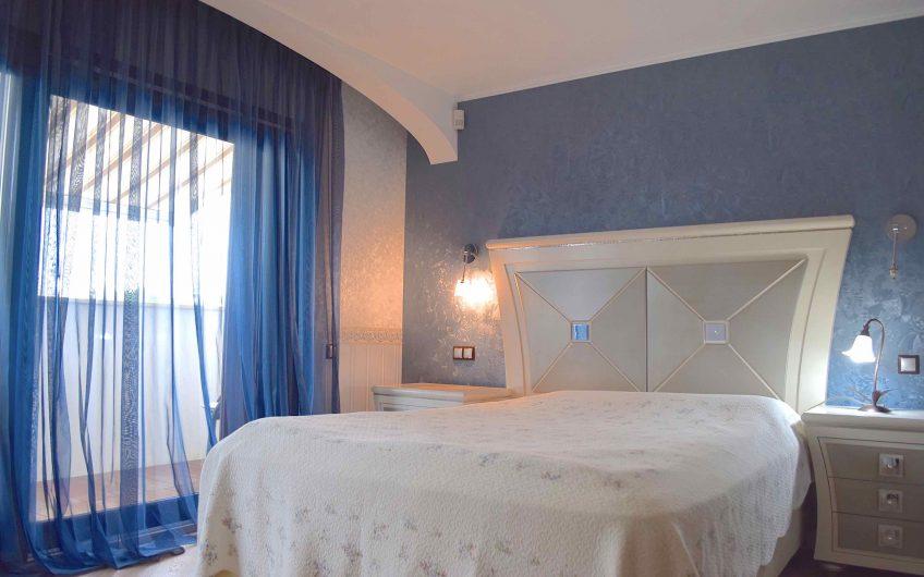 Elegant 2-bedroom townhouse between Quinta do Lago and Vale do Lobo