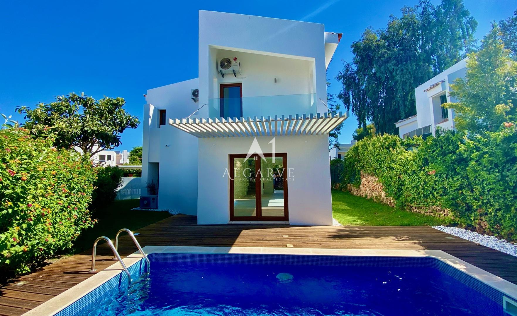 HIGH QUALITY REFURBISHMENT 3-BEDROOM VILLA