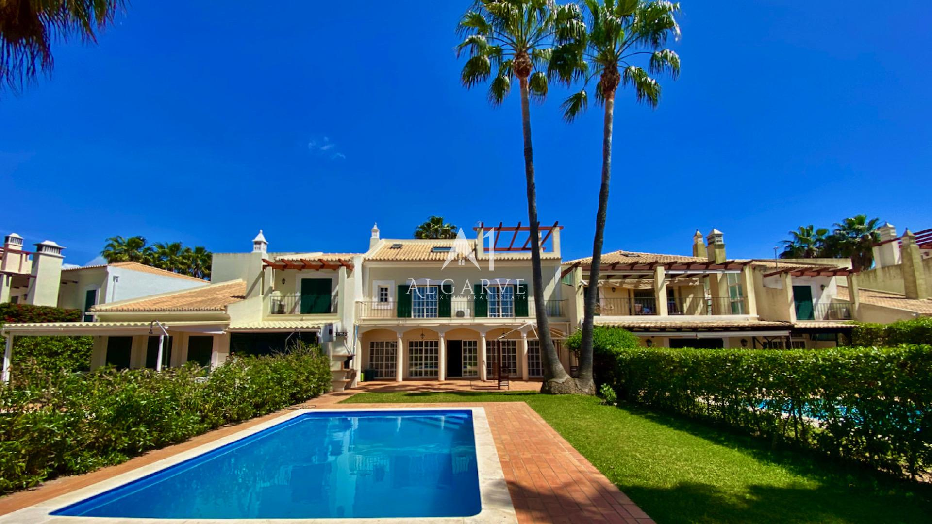 PERFECT FAMILY HOLIDAY HOME